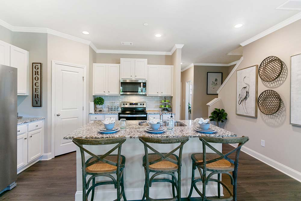 luxury townhomes in canton ga