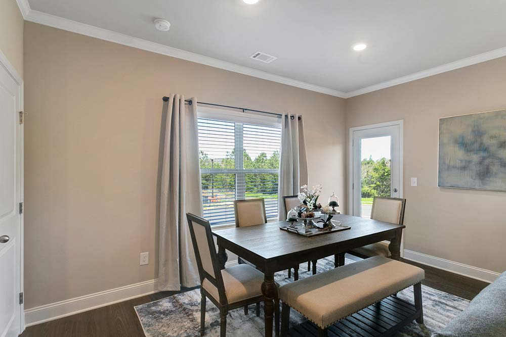 dining area in canton luxury apartments