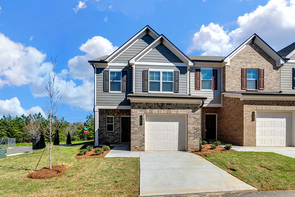 exterior shot of luxury apartment building during the day in canton ga