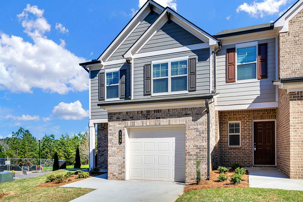 exterior shot of luxury townhome building in canton ga